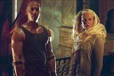 Riddick: Kronika temna (1)