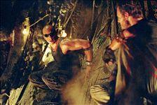 Riddick: Kronika temna (2)
