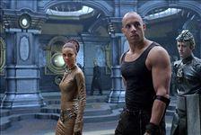Riddick: Kronika temna (5)