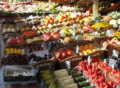 Kaštan - Mnichov - trh - ovoce
